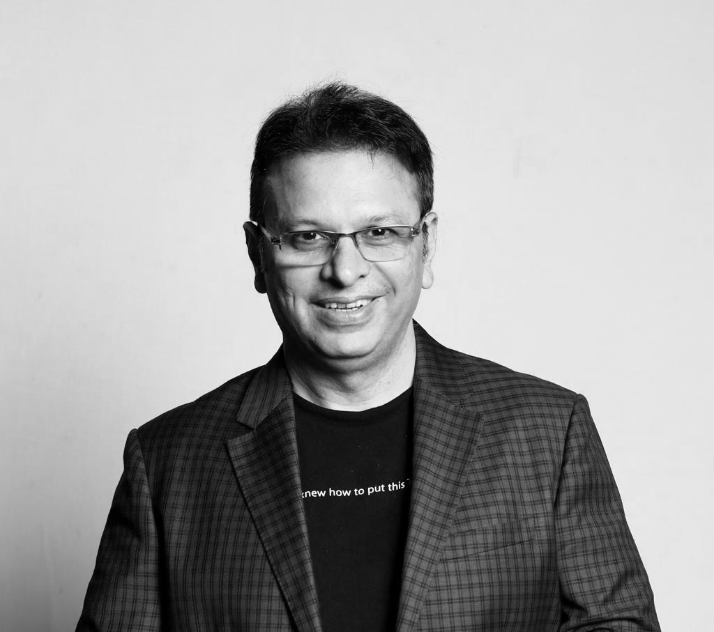 """Roshan Abbas-MD-Geometry Global Encompass,A reputed television and radio anchor, won 7 national awards,Hosted 2 seasons of """"The Storytellers""""on Amazon Prime"""
