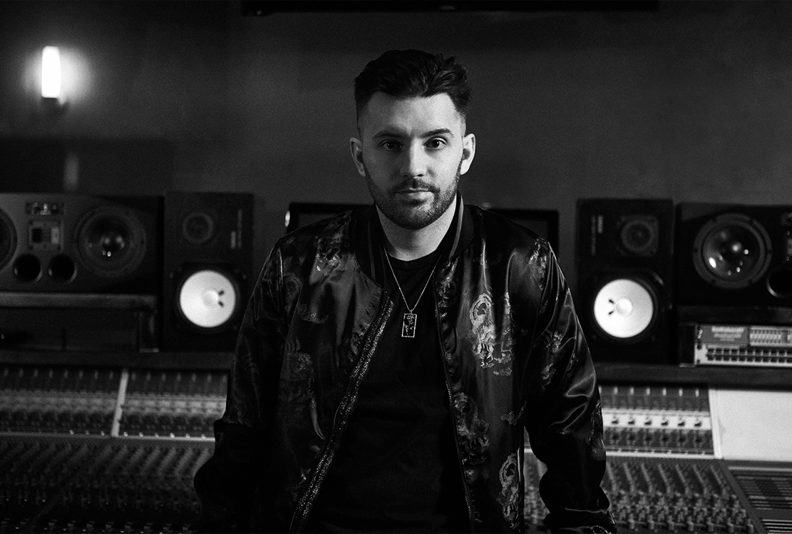 Dj Swivel - Producer/Mix Engineer, his name is Jordan Young, a Toronto-born, Grammy-winning producer,mixer and songwriter, AAM virtual Edition 2020